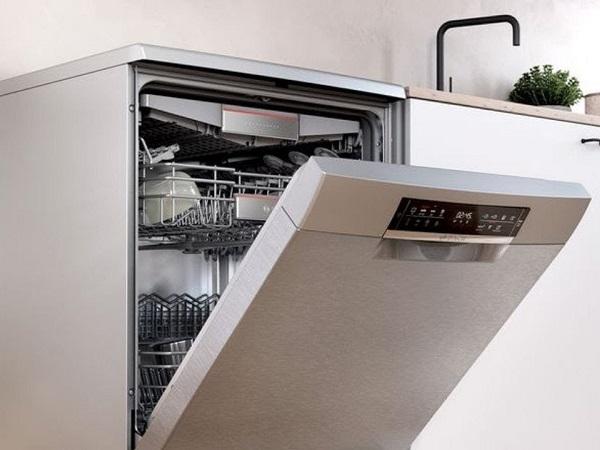 علامت شیر آب در ماشین ظرفشویی بوش