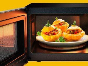 چرا ماکروویو غذا را به درستی گرم نمی کند؟