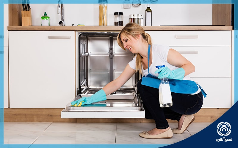 نحوه تمیز کردن کف از ماشین ظرف شویی